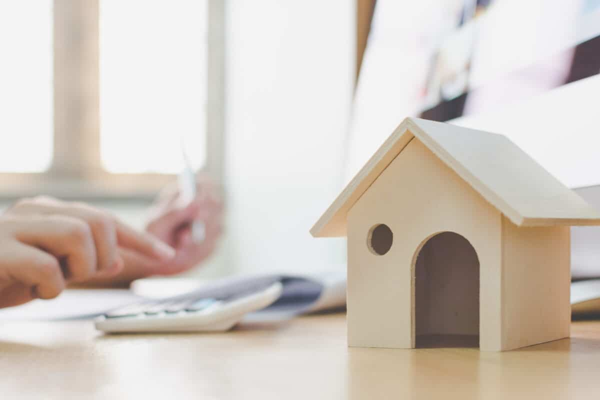 FOUND YOUR DREAM HOME BEFORE SELLING YOUR CURRENT PLACE?